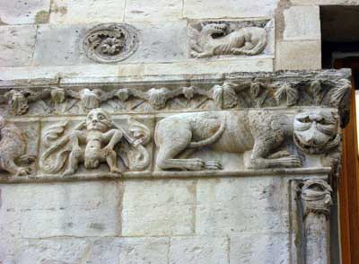 A fragment of decoration of the Church in Nimes (Nîmes), the Department of the Gard (Gard), France,