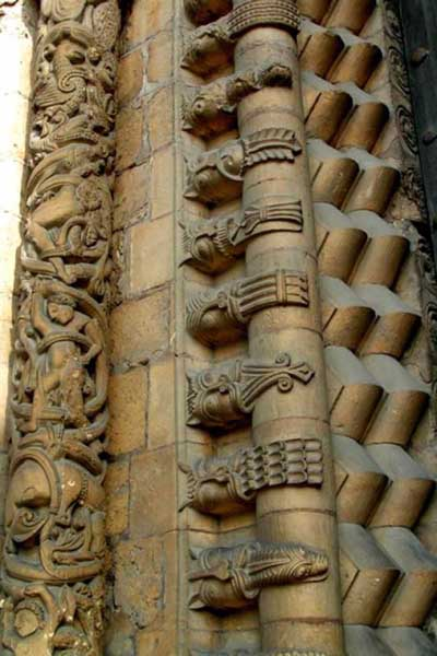 A fragment of decoration of the Cathedral in Lincoln (Lincoln), England.